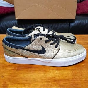 best service 81aed 51c2e Nike Shoes - NIKE SB Stefan Janoski L Leather Gold 616490-702